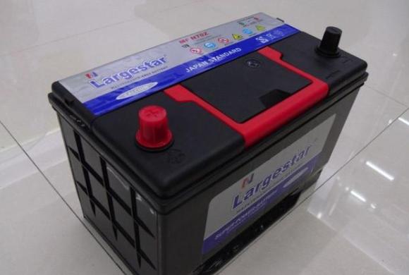 汽车蓄电池哪个牌子好?汽车蓄电池寿命多久?